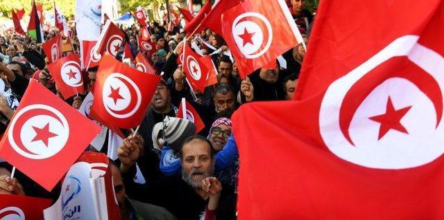 با موج استعفاها حزب ندای تونس در مسیر پیوستن به اپوزیسیون نهاده شد