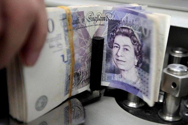 کاهش شدید ارزش پوند انگلیس همزمان با به قدرت رسیدن جانسون