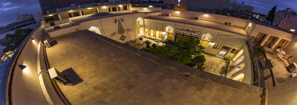 تجربه اقامت در معماری اصیل قاجاری ، کیانپور ؛ در فهرست بهترین هتل بوتیک های ایران