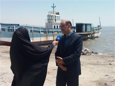 مناطق ساحلی دریاچه ارومیه برای رفاه حال گردشگران سامان دهی می شوند